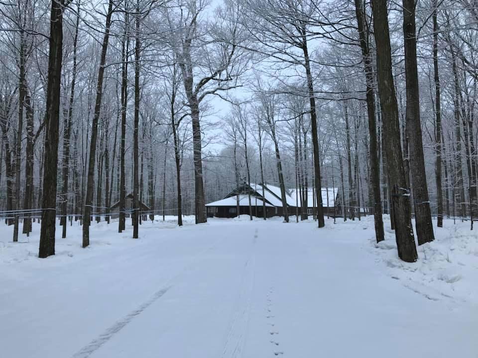 photo-cabane-sucre-hiver_erabliere-du-ruisseau